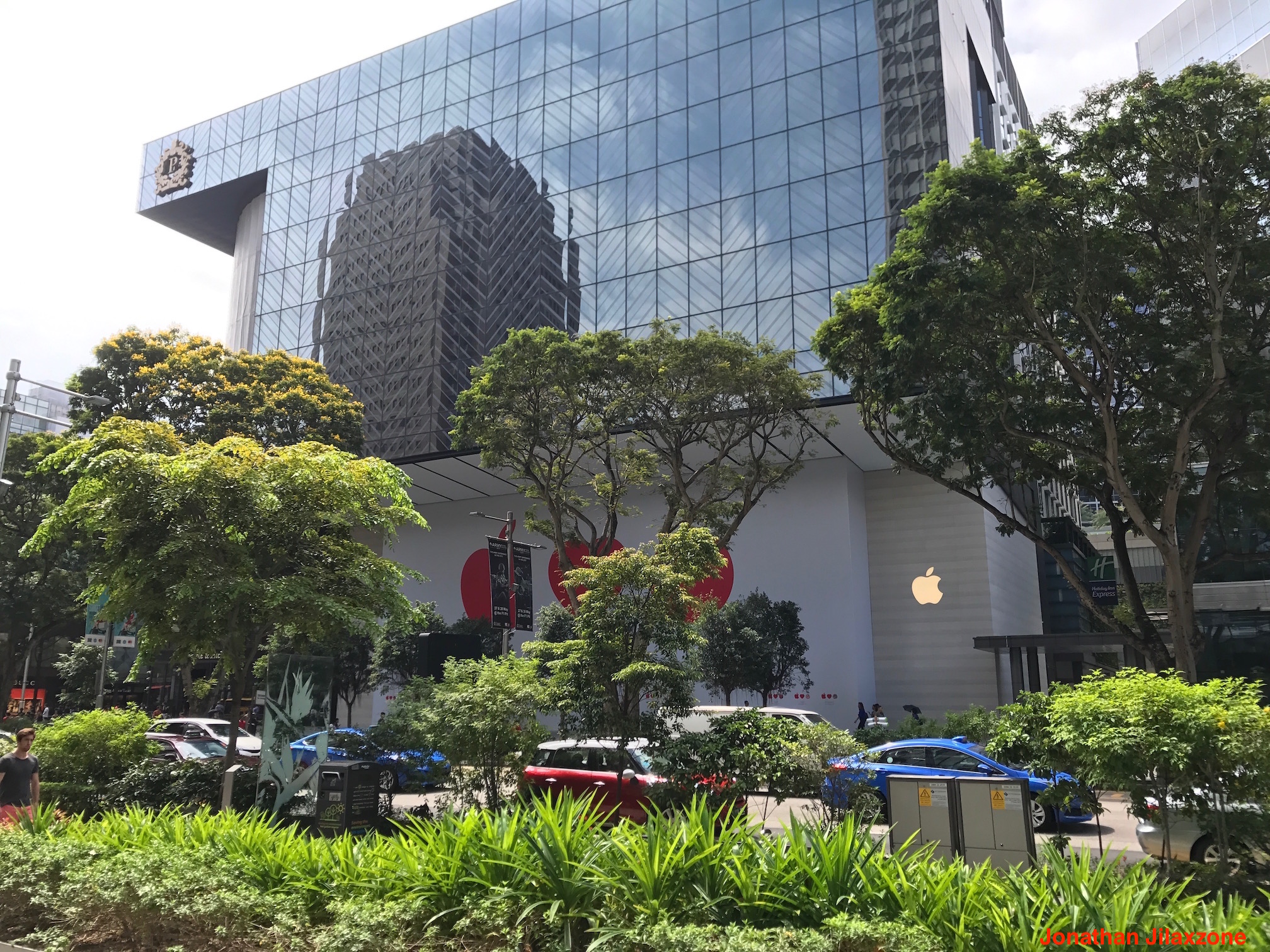 Apple soon to open its first singapore flagship store at for Orchard park