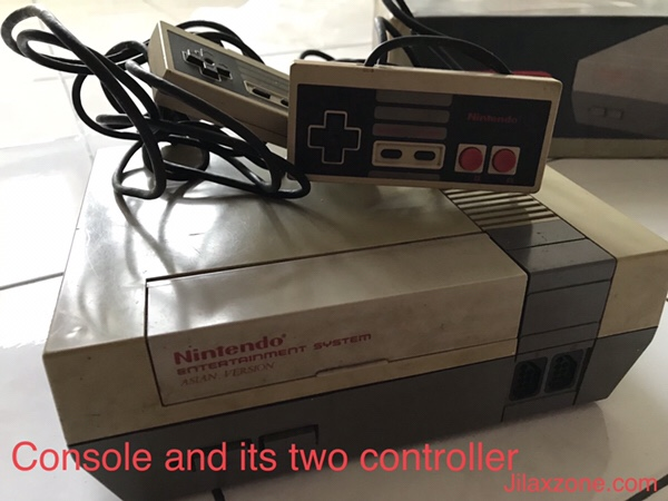 Nintendo NES Jilaxzone.com console and two controllers