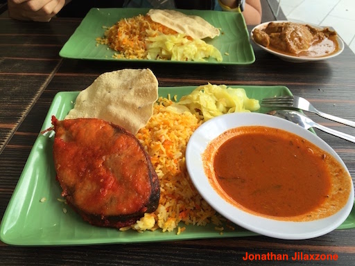 Must Visit Place in Singapore jilaxzone.com Fish Nasi Briyani At Tekka Market