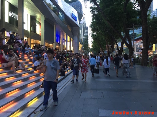 Must Visit Place in Singapore jilaxzone.com Hop between malls at Orchard Road