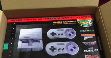 SNES Classic jilaxzone the box and the console packaging