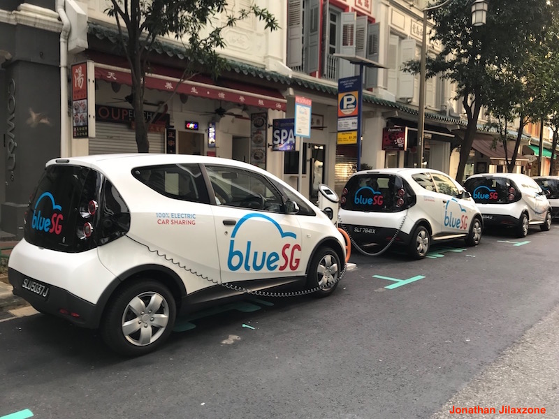 BlueSG Electric Car SG jilaxzone.com Car in Charging mode