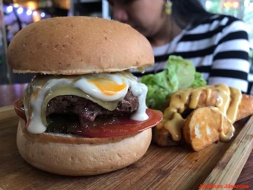 Living Expenses in Singapore jilaxzone.com Restaurant