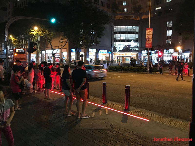 LED Light Strips Crossing at Sim Lim Square jilaxzone.com